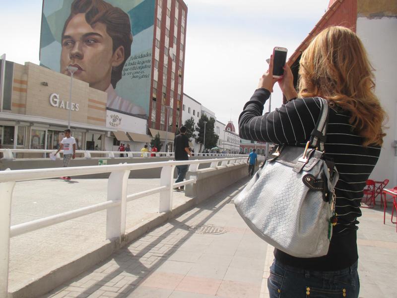 Engancha A Turistas Mural De Juan Gabriel Nortedigital