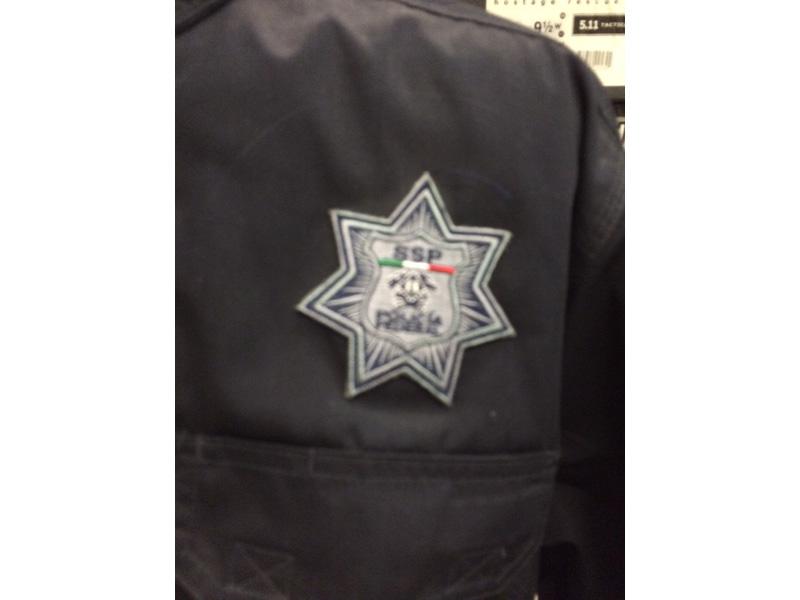 Venden en EP uniformes de PF y ejército mexicanos A1-cor-Uniformes02-full