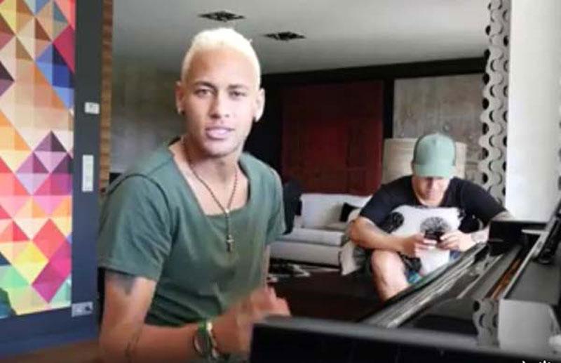 Neymar muestra un adelanto de su