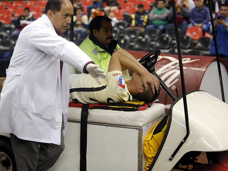 Paul Aguilar fue operado con éxito
