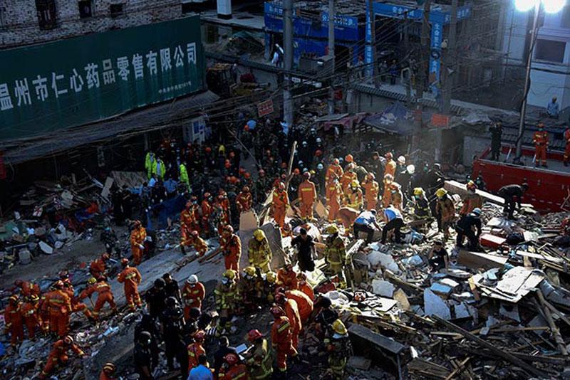 Derrumbe de viviendas en China deja 17 muertos