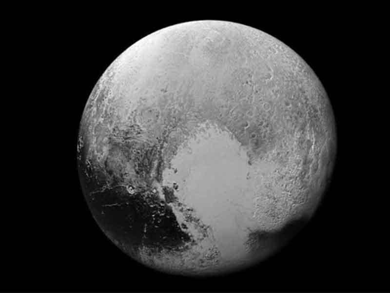 Obtiene la NASA datos más recientes de Plutón