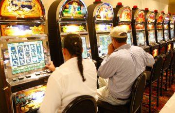 Casinos, semáforo amarillo