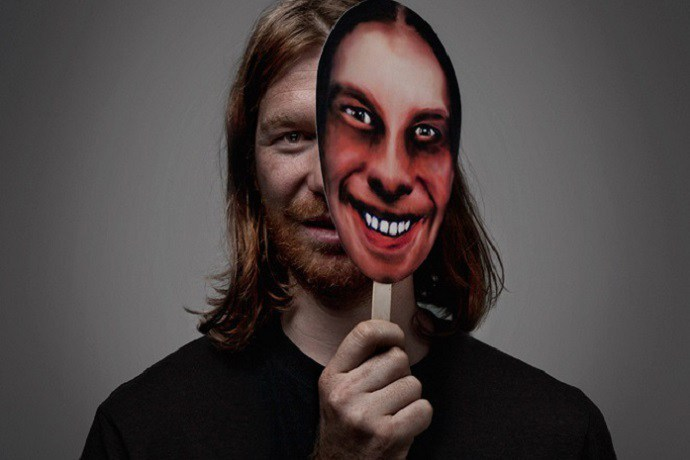 aphex-twin-continues-to-experiment-with-t17-phase-out