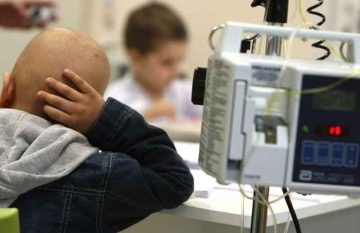 niños con cáncer y sin medicamentos, IMSS