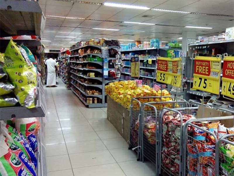 Plazas comerciales sin clientes