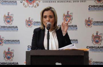 Maru Campos, durante la rueda de prensa en la que denunció persecución política