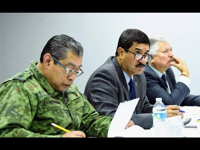 Javier Corral en una de las reuniones de seguridad