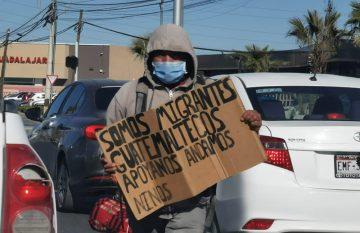 Migrantes centroamericanos en las calles de Juárez