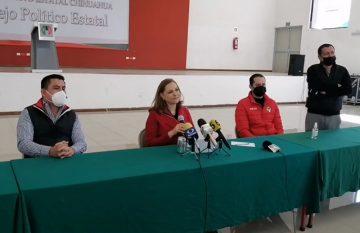 Graciela Ortiz en el anuncio de su precandidatura por el PRI