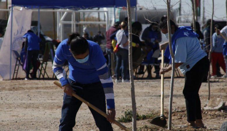 Trabajos de limpieza de la UACJ en el suroriente