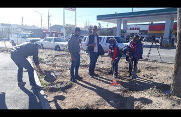 Trabajos de mejoramiento del parque lineal de Juan Pablo II y Arizona