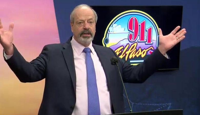 El alcalde de El Paso, Oscar Leeser