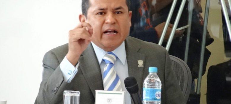 """El magistrado Luis Villegas Montes es sujeto de una investigación por sus """"constantes ataques"""" al gobernador Corral"""