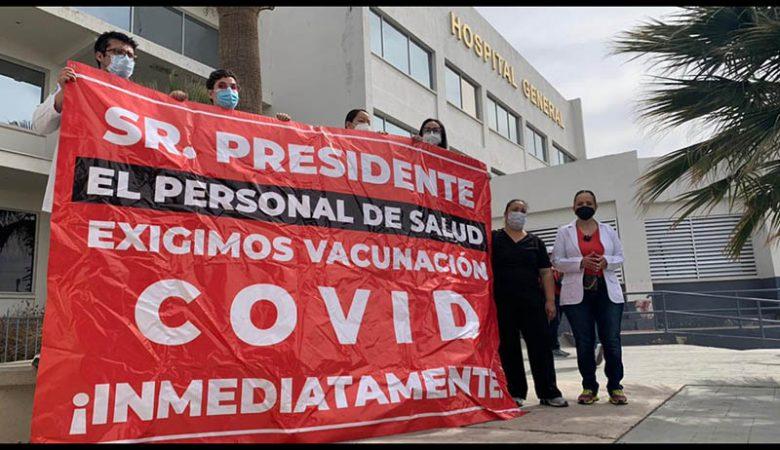 Protesta de médicos privados por vacunas Covid