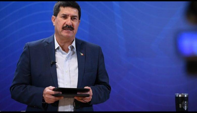 El gobernador Javier Corral