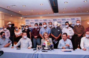 Maru Campos y los exalcaldes priistas
