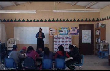 Educación a distancia para niños rarámuri