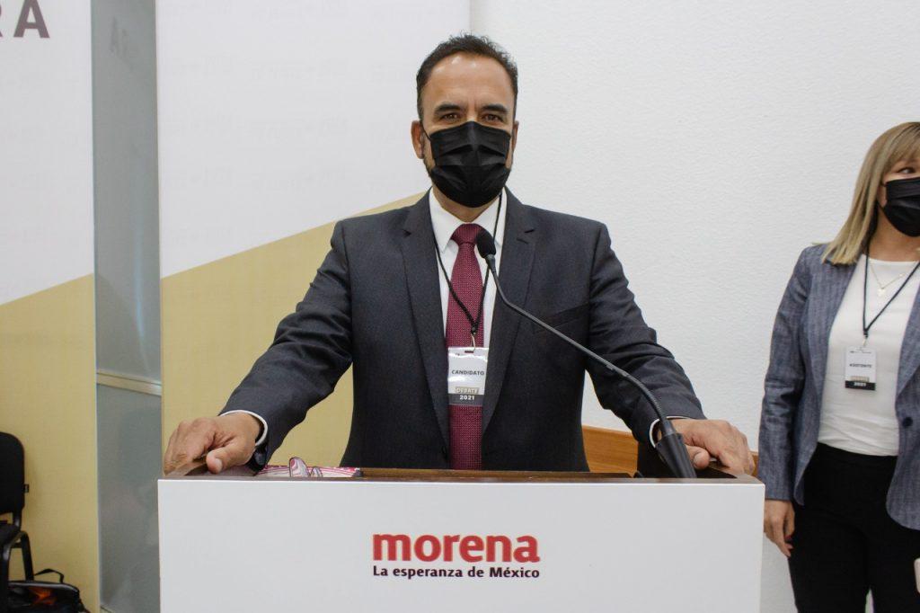Juan Carlos Loera en el debate