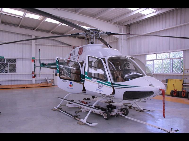 Unos de los helicópteros del Gobierno del Estado que estaba en subasta