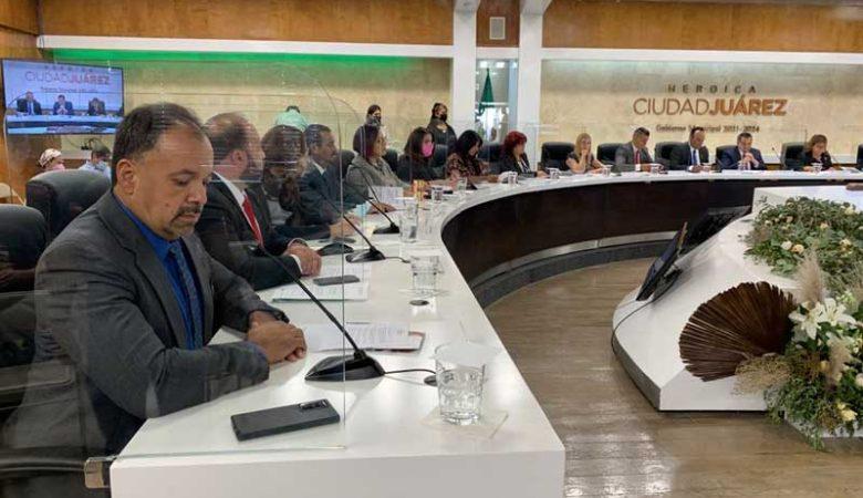 Funcionarios de comisiones de Cabildo sin experiencia