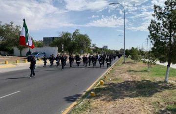Desfile del 16 lució vacío