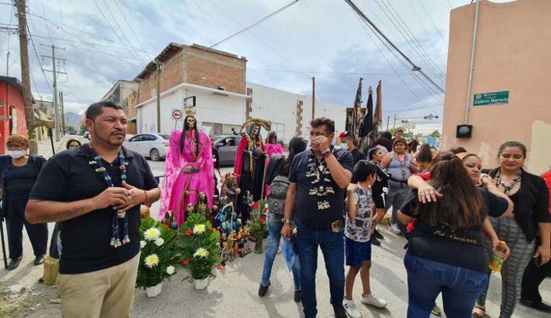 Celebración a la Santa Muerte